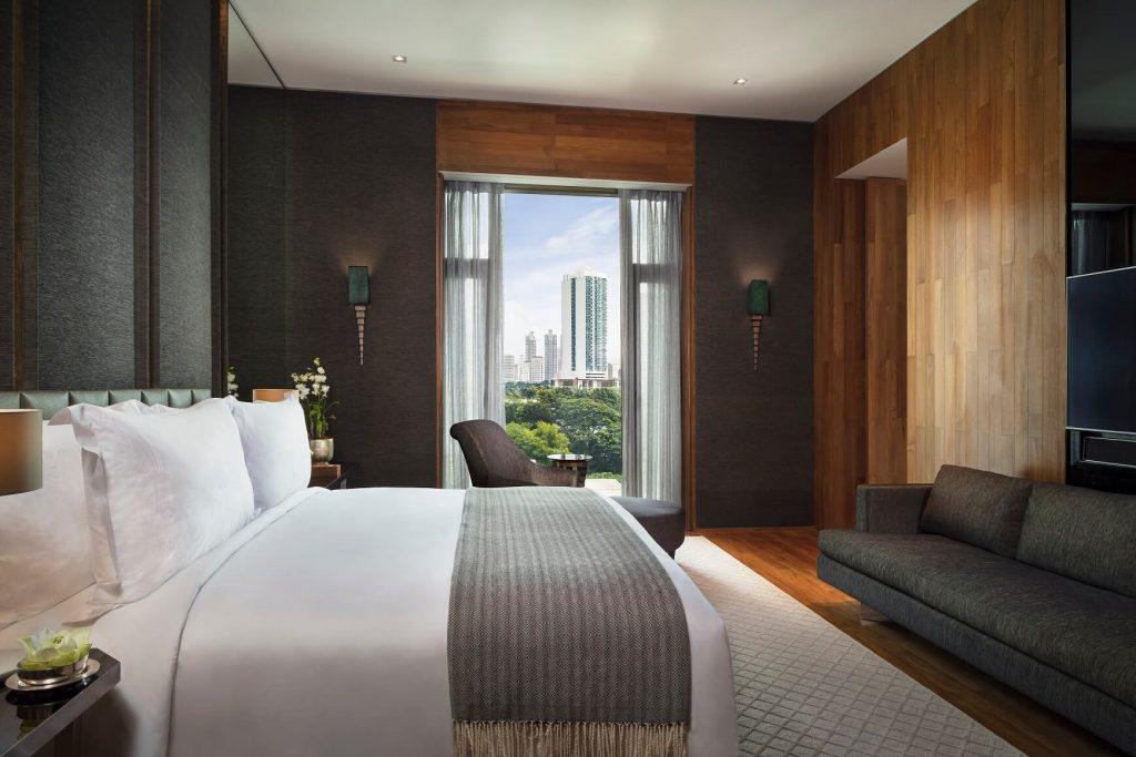 Club_Suite_790_Bedroom_H7A5756_Final - key visual The Sukhothai Bangkok