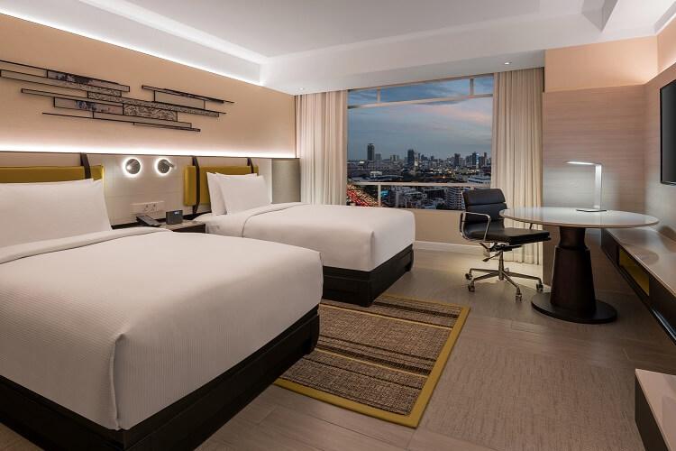DoubleTree Hilton Bangkok Ploenchit Twin Deluxe Room
