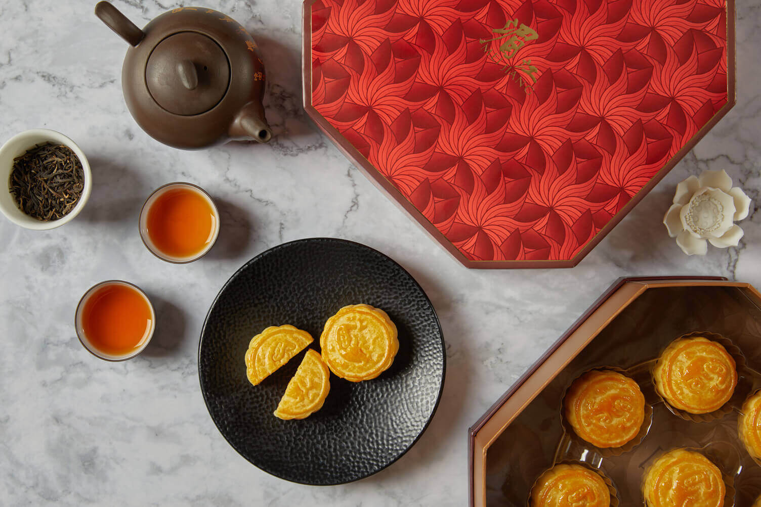 The Peninsula Bangkok Mooncakes